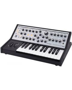 sintetizzatore-analogico-25-tasti-sub-phatty-moog